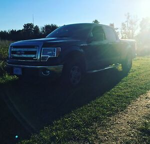 2013 F:150 XLT CREW CAB 4X4 5.0L V8 TOW PACKAGE