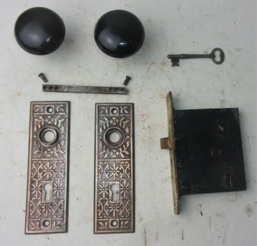 Antique Set EASTLAKE Backplates Black Porcelain Door Knobs Mortise Lock w/ Key