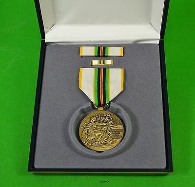 COLD WAR VICTORY MEDAL SET - FULL SIZE MEDAL, RIBBON BAR, LAPEL PIN,  CASE