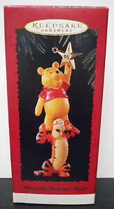1995 Hallmark Keepsake Ornament Winnie the Pooh and Tigger-QX5009