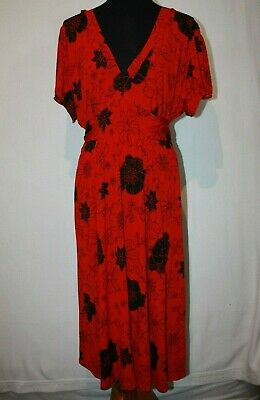 Torrid Red Black Floral Stretch Knit Maxi Dress Sz 3 Empire Waist Bow Tie Empire Waist Bow