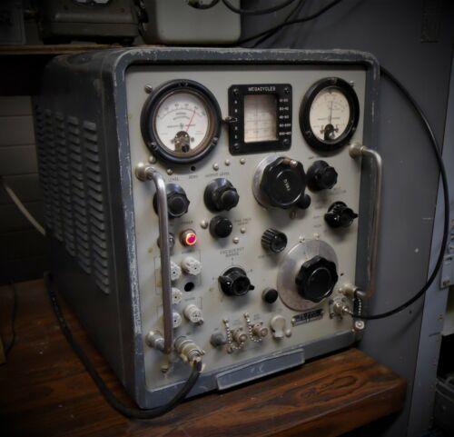 Signal Generator TS-510/U (Hewlett-Packard)