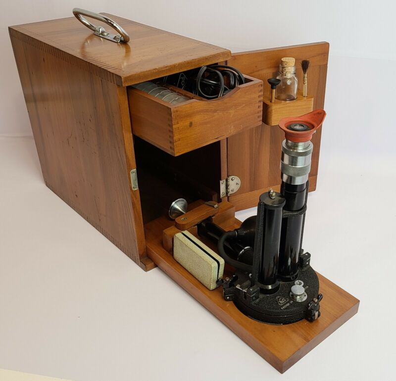 Bausch & Lomb Dust Counter Microscope ANTIQUE Vintage works original wood box