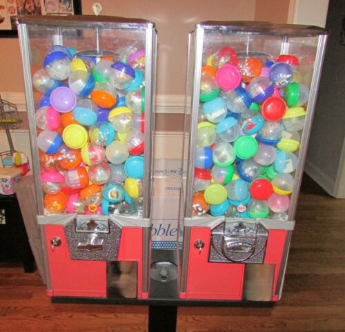 "Double Capsule Bulk 50 cent 2"" Toy Vending Machine With Stand, Keys & Inventory"