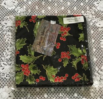 HOLLY CHRISTMAS BLACK 4 FABRIC NAPKINS (NEW) 2 SETS AVAILABLE