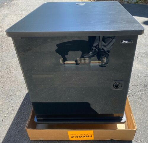 Middle Atlantic MFR-1227GE 12SP27D Mobile F Rack GE 12U Server Cabinet w/ Wheel