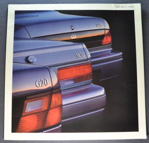 1992 Infiniti Sales Brochure Folder Q45 J30 G20 Excellent Original 92