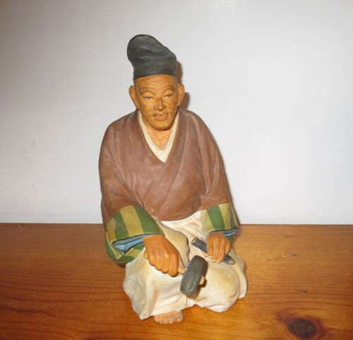 HAKATA URASAKI DOLL FIGURINE WASHABLE HANDMADE OLD MAN WITH HAMMER & CHISEL
