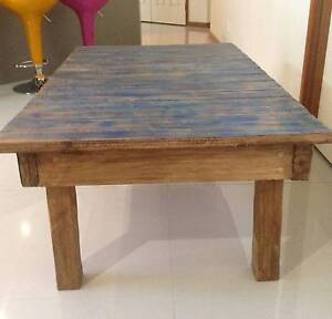 RUSTIC STYLE COFFEE TABLE Tewantin Noosa Area Preview