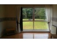 Bright Spacious 3 bedroom Flat in Central Cumbernauld location.