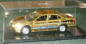 Gold-plated special edition 2000 Chev Impala in 1/43 (o) scale