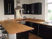 ****** MASSIVE 3 DOUBLE BEDROOM HOUSE - STREATHAM HILL - £440 PER WEEK!!! ******