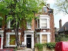 ** AVAILABLE NOW!! - 2 Bed Garden Flat - Wandsworth Common - ONLY £1480pcm!! **
