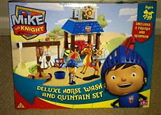 MIKE the KNIGHT - horse wash and quintain set - NEW