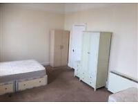 Huge triple room for 2 or 3 people