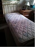 REDUCED!!  ULTRAMATIC GENIUS BED