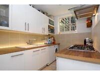 N1 Beautiful Edwardian 2 double bedroom to rent; split level maisonette, with double reception