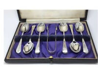 Solid silver spoon and tongs set Sheffield 1926