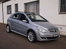 2006 Mercedes b200 Turbo. Automatic + sport mode manual 7 sp