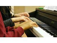 Piano lessons/£10hour