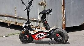 Velocifero Electric scooter 1600 V with accessories mint condition