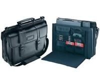 Targus Premier Leather - notebook carrying case