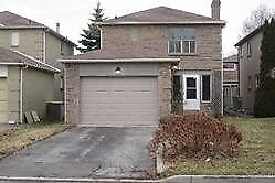 MASSIVE DETACHED 3BED/3BATH HOME PERFECT FOR FAMILY SAFE QUIET S