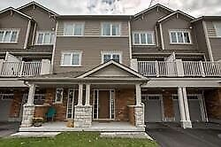 Freehold Townhouse in North Oshawa!