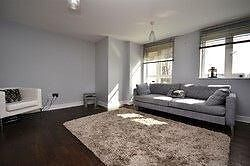 MUST BE SEEN! 3 BED, 2 BATH LUXURY APARTMENT EAST/NORTH FINCHLEY BORDER