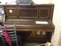 Piano - Upright.