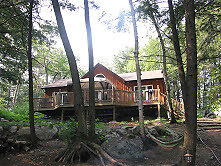 BOAT ACCESS COTTAGE ON WESLEMKOON LAKE AVAILABLE FOR RENT!