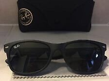 Ray ban new wayfarers with polarized lenses and case