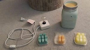 Scentsy holder + infuser squares