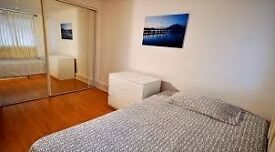 AMAZING DOUBLE ROOM NEAR SOUTH QUAY ONLY 150 PW GREAT OPORTUNITY