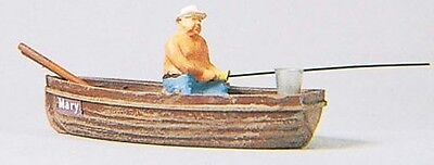 PREISER HO SCALE 1:87 FISHERMAN IN A BOAT! MINT! 28052 on Rummage