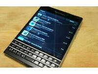 Blackberry passport 32gig + sd storage 4G