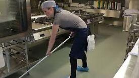 PUB, RESTAURANT & RETAIL CLEANING