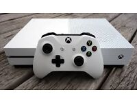 xbox one s and one controller and 7 games