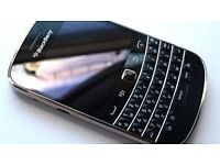 blackberry 9900 bold unlocked in good working condition