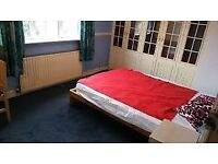 Excellent Double bedroom, Suitable for IT Professionals in East Ham (2 mins to Tube station)