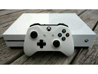 Xbox one s with 90 games plus