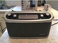 roberts classic 927 radio,great condition