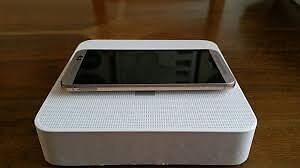 HTC ONE M9 (GOLD,UNLOCKED NETWORK,GOOD CONDITIONin Heckmondwike, West YorkshireGumtree - HTC ONE M9 GOLD LTE VERSION 32GB .PHONE IS UNLOCKED TO ANY NETWORK .PHONE IS IN FULL WORKING ONLY TWO TINY MARKS ON THE BEZEL SCREEN IS IN GOOD CONDITION . COMES WITH PHONE,CHARGER AND BOX IF YOU HAVE ANY QUESTIONS PLEASE FEEL FREE TO ASK