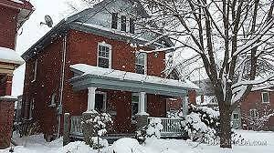 CASH BUYER LOOKING FOR HOUSE -- QUICK CLOSING – OK Belleville Belleville Area image 1