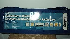 Volleyball/Badminton Combo Set, Brand New, never used $20..obo