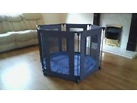 Lindam safe and secure playpen