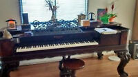 Piano-table antique