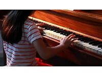 Piano/Guitar/Songwriting Book Your Trial Lesson