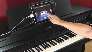 Piano digital Roland F-110 acheté chez Archambault
