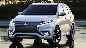 2016 Mitsubishi Outlander SUV, Lease takeover-Cash Incentive!!